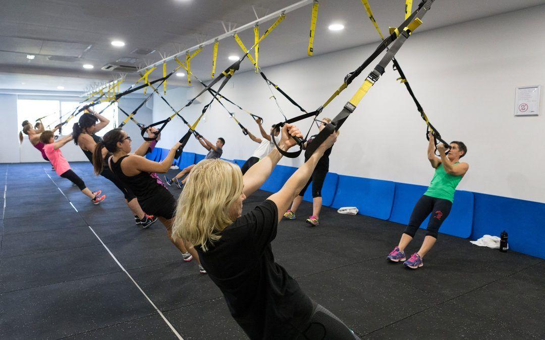 Treballa la força, la flexibilitat i la concentració amb el TRX Pilates